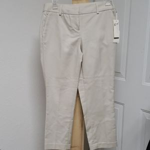 New Dalia modern beige  fit crop pants size 2